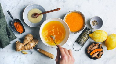 How-to-Prepare-Turmeric-Milk