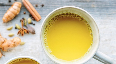 How-to-make-a-turmeric-chai